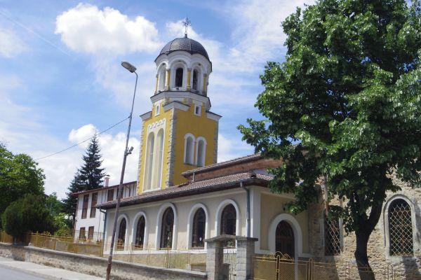 храм Св. Иван Рилски-Смолян
