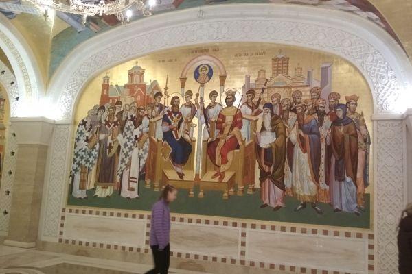 Строящият се храм Св. Сава - интериор, Белград