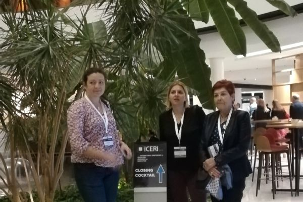 ICERI 2018 - Пред залата с колеги от УниБИТ