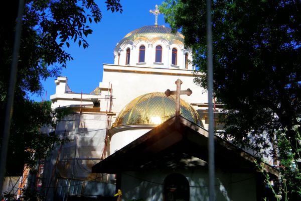 Новият храм във Варна