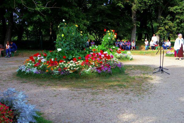 Leo Tolstoy's grave